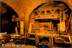 The cellar of the Manoir de la Perrière.
